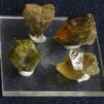 Необработанные кристаллы Хризоберилла