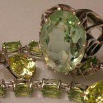 Камень хризолит имеет богатые и интересные магические свойства