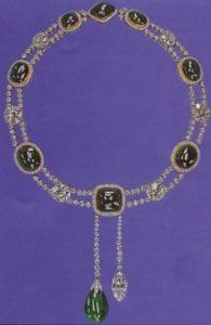 «Куллинан 6» - «царь камней», имеющий огранку «маркиз», весом в 8,8 карата