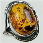 Янтарь считается символом радости и счастья, здоровья и долголетия