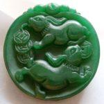Зеленый нефрит обладает особенными мистическими способностями, которые могут помочь любому человеку