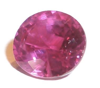 Описание камня рубин и его свойства - магические и лечебные
