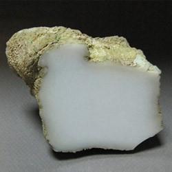 Описание и свойства камня кахолонг