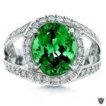 Кольцо с зеленым турмалином, его еще по-другому зовут бразильским изумрудом - за сходство по цвету.