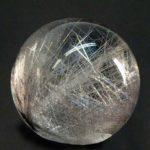 Рутиловый кварц Волосатик - самый дорогой камень из семейства кварцев.