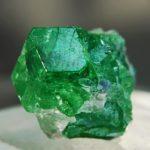 Камень цаворит (тсаворит), его свойства, знак зодиака