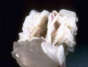 Кристаллы альбита