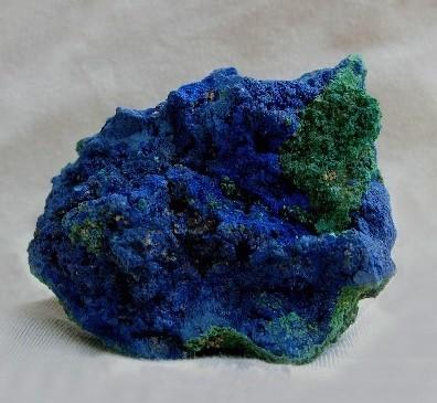 Описание камня азурит и его свойства