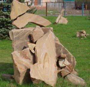 Скульптура из камня песчаник