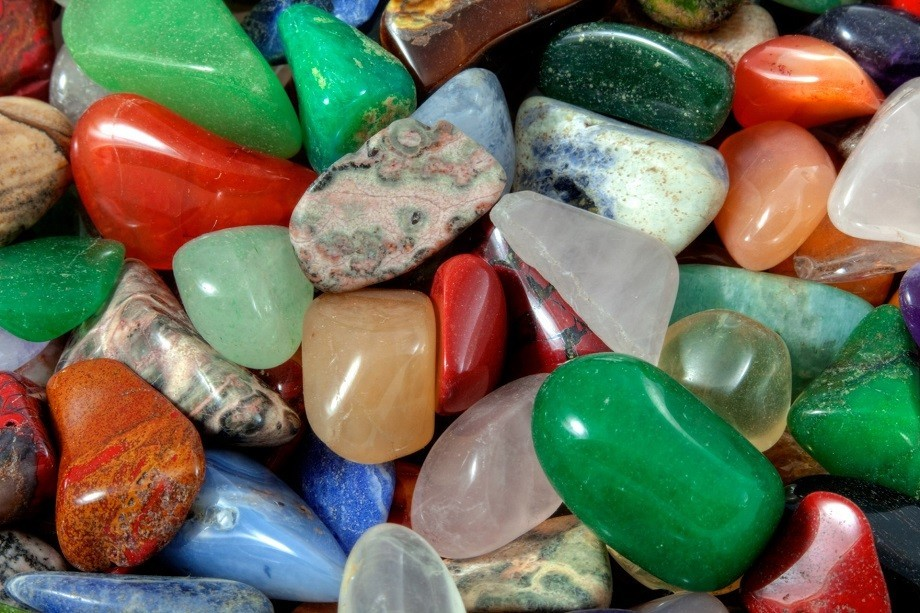 Цветные камни
