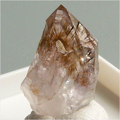 Минерал Рутил, его применение и магические свойства камня