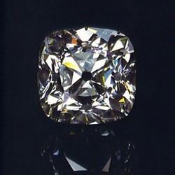 Алмаз Регента – история знаменитого бриллианта