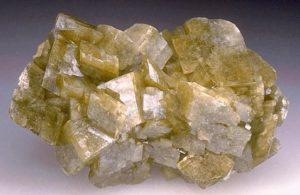 Сидерит – распространенный камень, его месторождения есть по всему миру