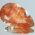 Солнечный камень олигоклаз