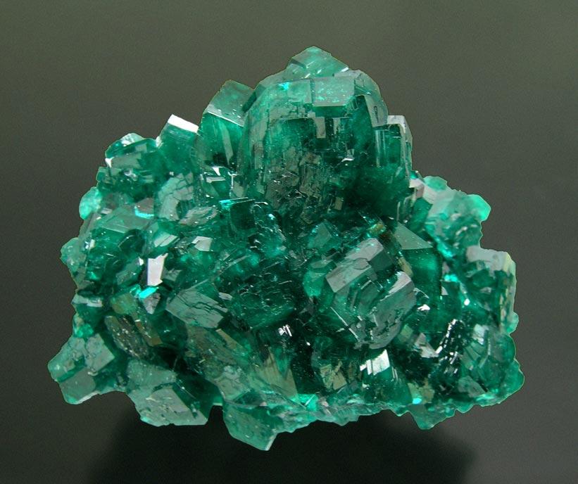 Минерал диоптаз и магические свойства камня