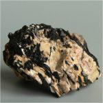 Минерал эгирин: магические свойства камня, применение