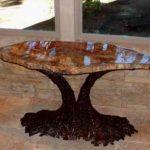 Стол из окаменелого дерева