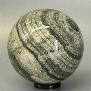 Каменный шар из скарна